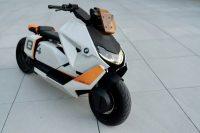 BMW показала городской электроскутер Motorrad Definition CE 04