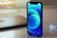 Владельцы iPhone 12 mini жалуются на неработающий экран блокировки