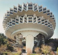 Француз нашёл 90 невероятных зданий времён СССР. Фото поразили воображение