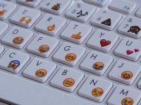 Как быстро вводить эмодзи и специальные символы в macOS
