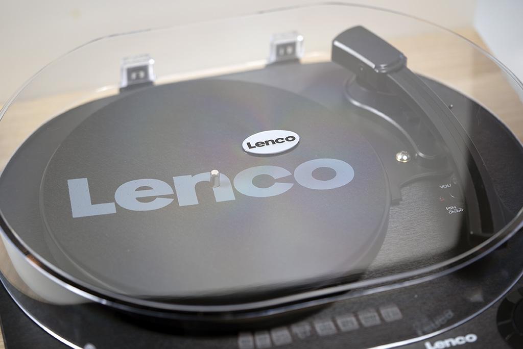 Виниловый проигрыватель Lenco LS-40: то, что нужно меломану. Культовый бренд и стоит адекватно