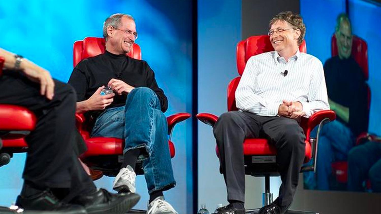 В Китае уберут биографии Стива Джобса и Билла Гейтса из школьной программы
