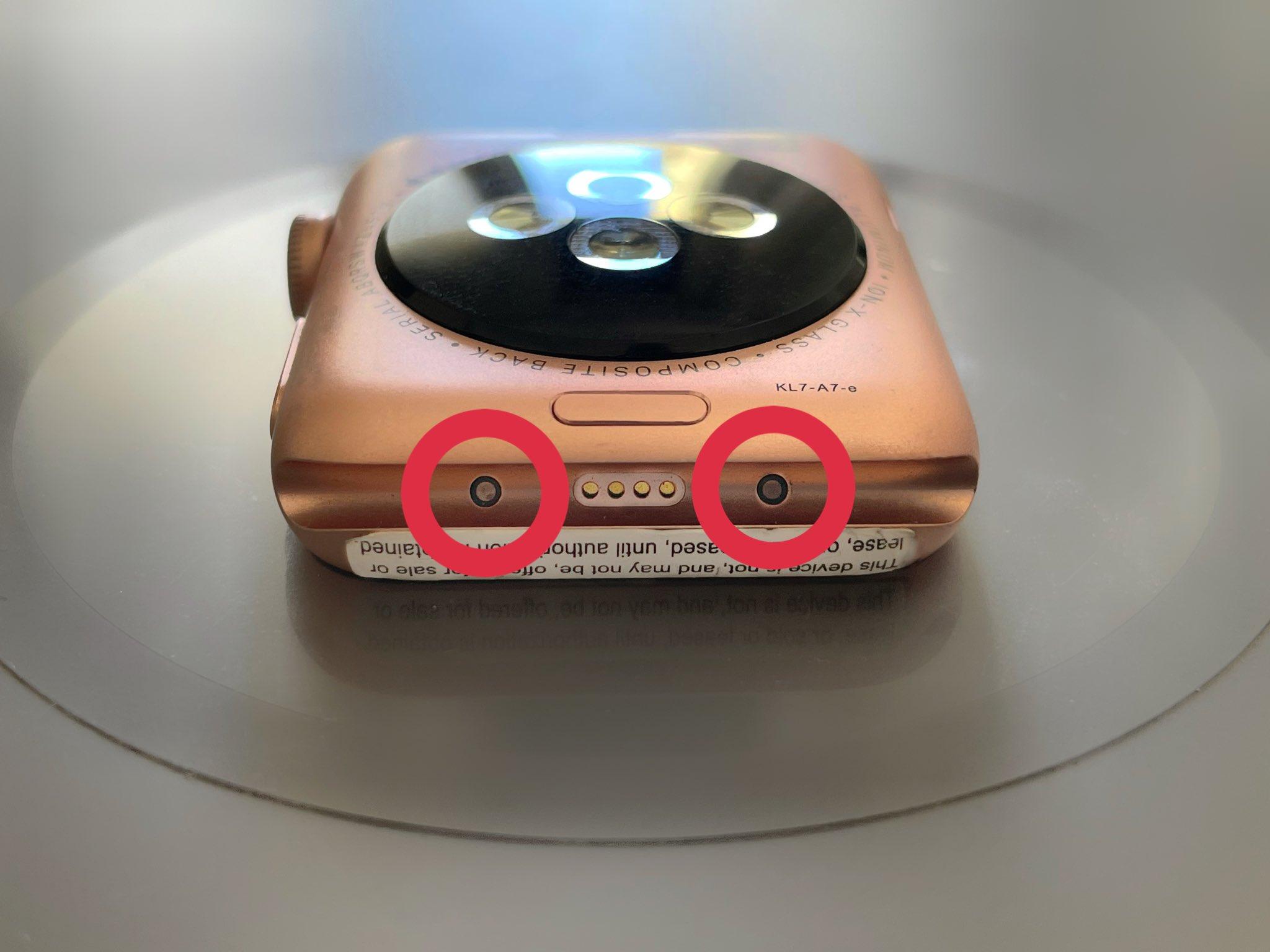 Появилось фото раннего прототипа Apple Watch Series 3 с поддержкой умных ремешков