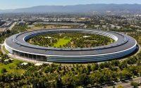 Главу службы безопасности Apple оправдали по делу о даче взятки
