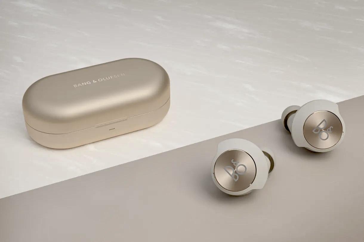 Bang & Olufsen представила свои первые вставные наушники Beoplay EQ без провода и с шумодавом