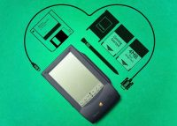 5 коммуникаторов и планшетов, которые выпустила Apple до первого iPhone