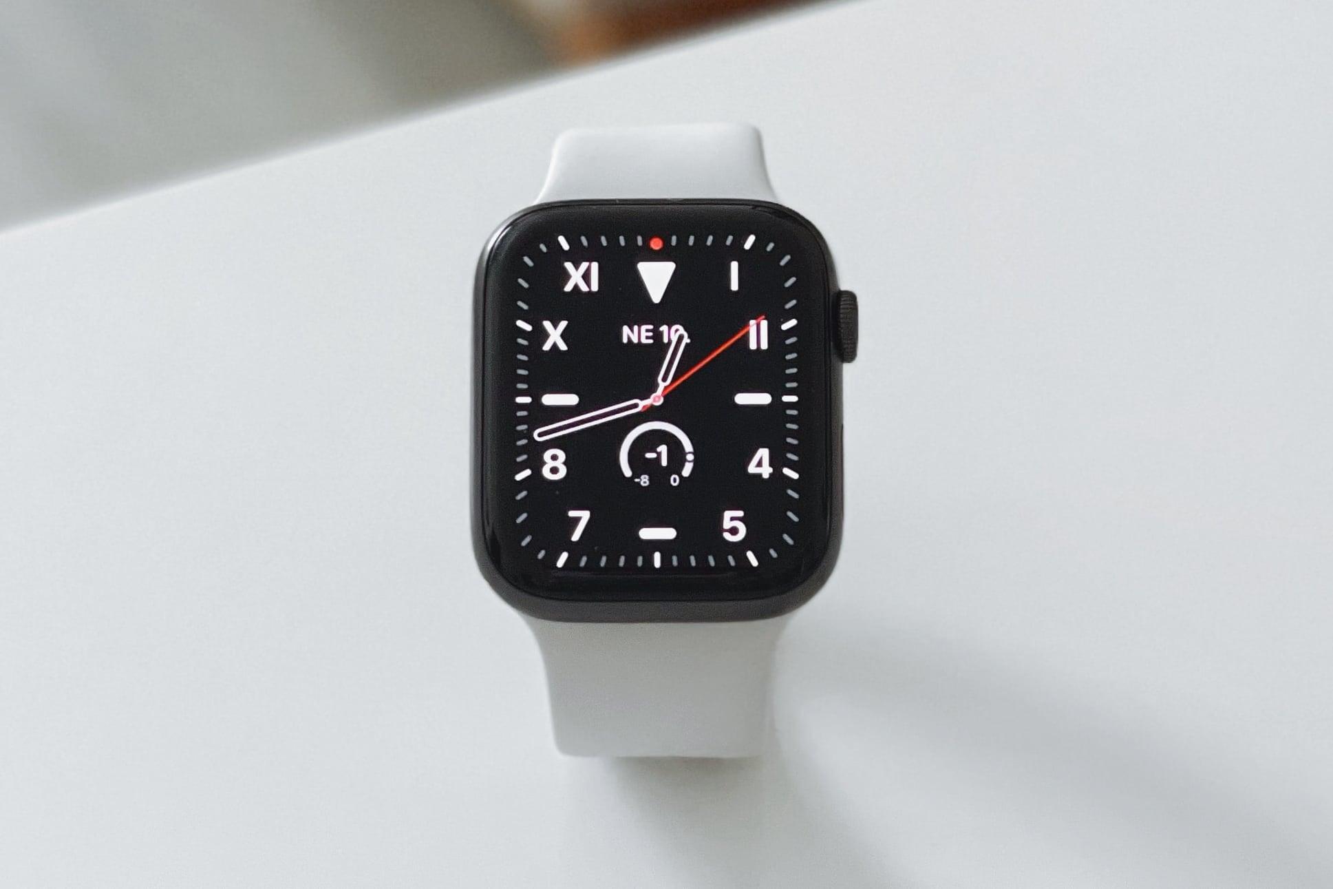 Ошибка iOS 14.7 может помешать iPhone с Touch ID автоматически разблокировать Apple Watch