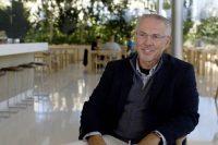 Казначей Apple Гэри Випфлер уходит на пенсию после 35 лет работы в компании