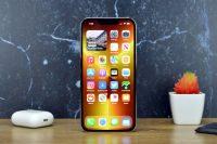 Bloomberg: Apple сократила производство iPhone 13 из-за нехватки чипов